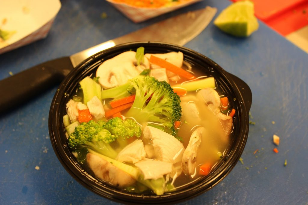 Noodle bowl with vegetables